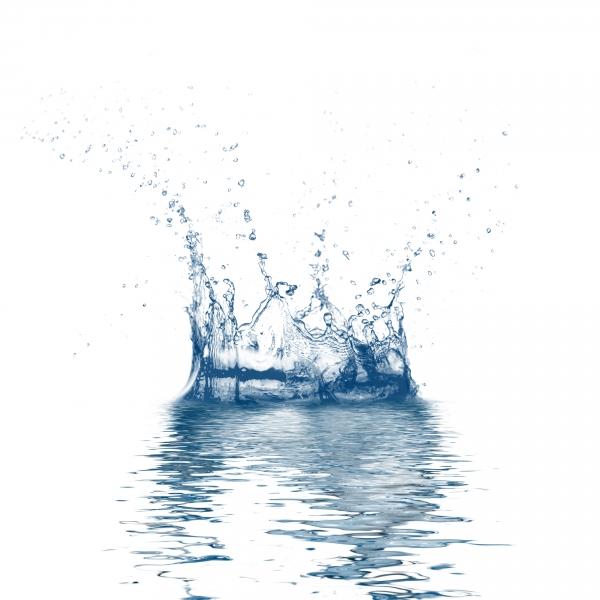 2018554-water-splash-frozen
